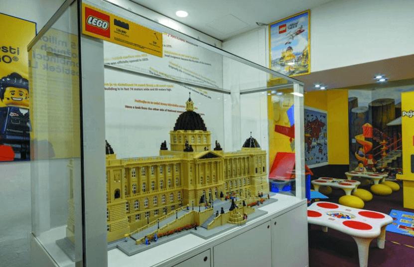 מוזיאון לגו פראג